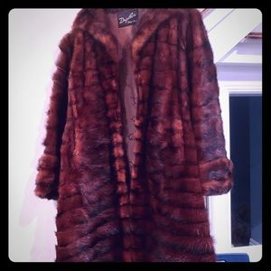 Jackets & Blazers - Vintage DUPLERS Reddish Brown 3/4 Length Mink Coat